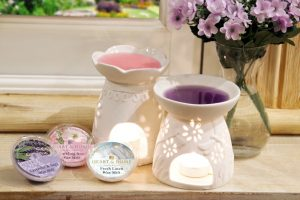 Lavender and Sage Fresh Linen RAmbling Rose Wax Melt Heart and Home