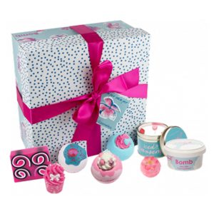 bomb cosmetics giftpack pamper hamper gift set