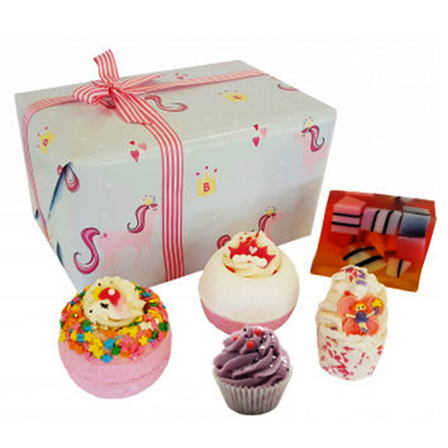 bomb cosmetics sprinkle of magic unicorn gift pack