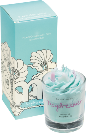 bomb cosmetics piped candle daydreamer