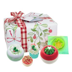 Christmas Wishes Gift Pack – Bomb Cosmetics
