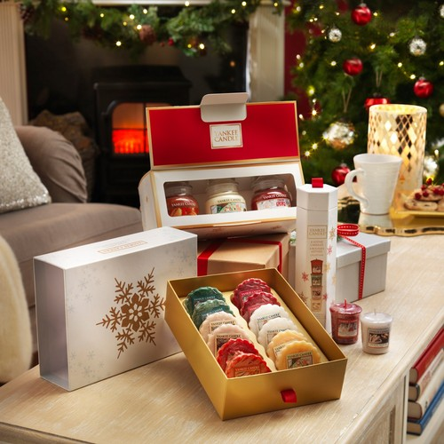 Christmas Gift Sets.Yankee Candle The Perfect Christmas 12 Wax Melts Gift Set