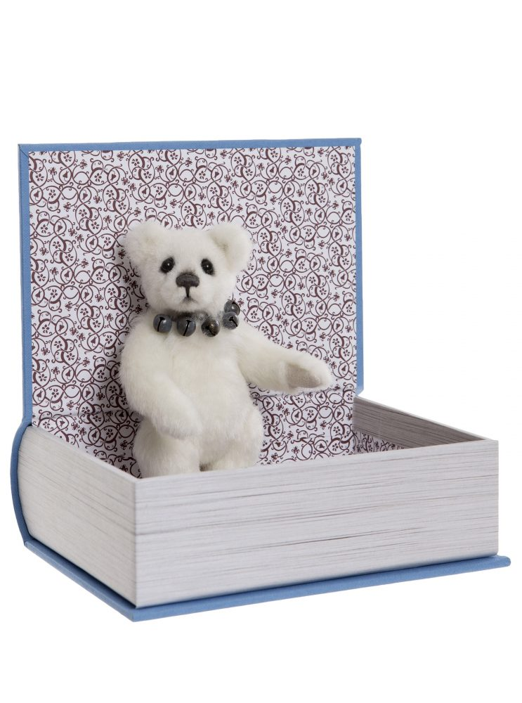 Study Buddy, 13 cm – Charlie Bears Plush Hug Book Bear CB191971A