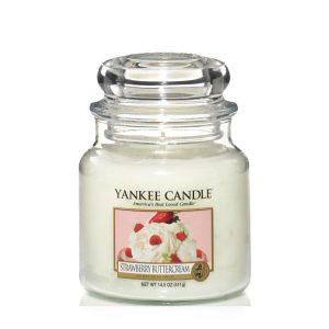 Strawberry Buttercream - Yankee Candle - Medium Jar