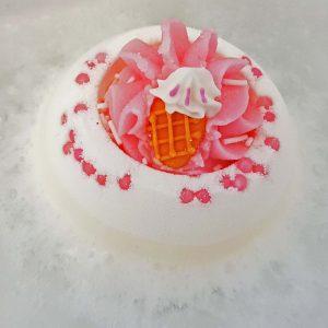 Ice Cream Queen Bath Bomb, 160g - Bomb Cosmetics