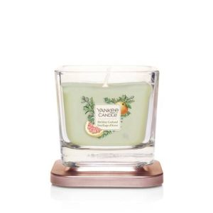 Yankee Candle Elevation Collection - Holiday Garland - Small 1-Wick Square Candle