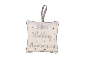 Silver Wedding Anniversary Cushion Hanger, 18x18cm